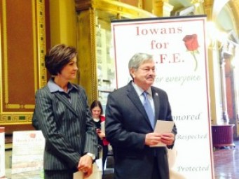 Lt. Governor Kim Reynolds and Governor Terry Branstad wait to address the 2014 Rally for Life.