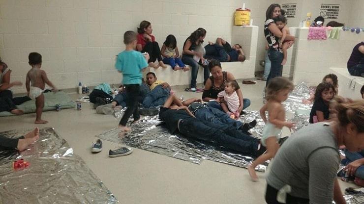 border-crisis-kids_thumb.jpg