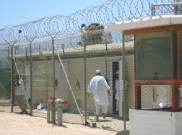 detainees3