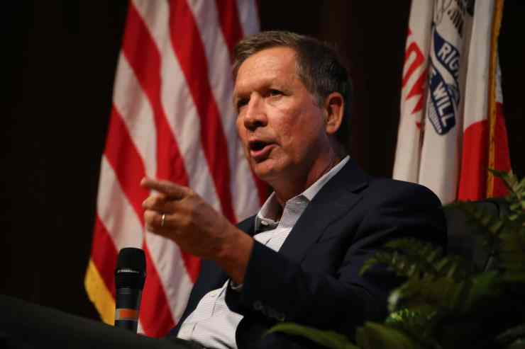 Ohio Governor John Kasich in Des Moines on 6/24/15.Photo credit: Dave Davidson - Prezography.com