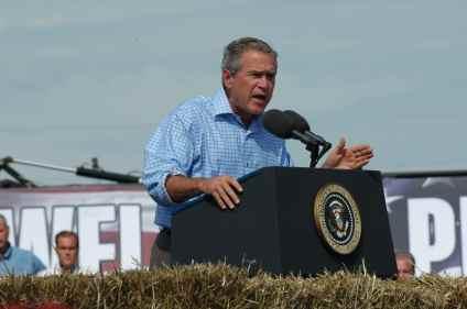 President George W. Bush in Iowa (won 2000 Iowa Caucus)Photo credit: Dave Davidson - Prezography.com