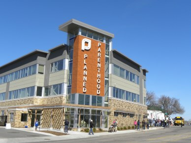 Planned Parenthood Clinic in St. Paul, MNPhoto credit: Fibonacci Blue (CC-By-2.0)