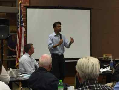Bobby Jindal addressing Polk County Republicans