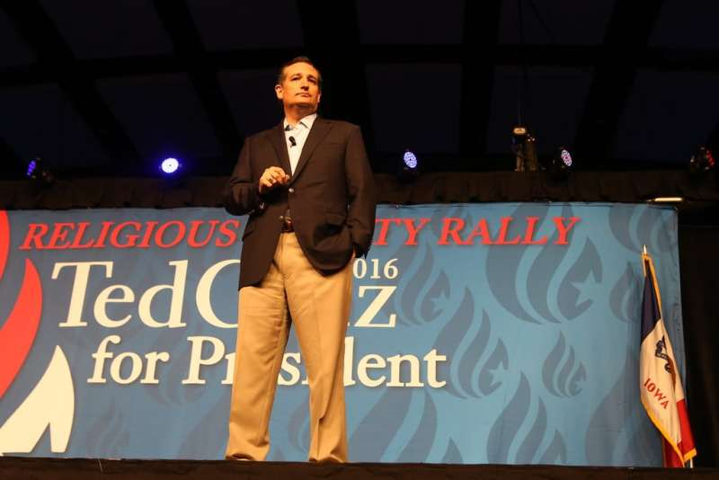 U.S. Senator Ted Cruz (R-TX) speaks at his rally for religious liberty on 8/21/15 in Des Moines. Photo credit: Dave Davidson (Prezography.com)