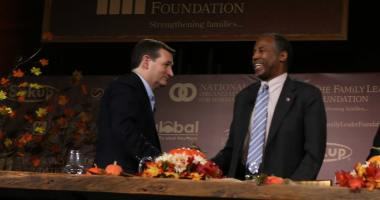 U.S. Senator Ted Cruz (R-TX) and Dr. Ben Carson at the Presidential Family Forum in Des Moines. Photo credit: Dave Davidson (Prezography.com)