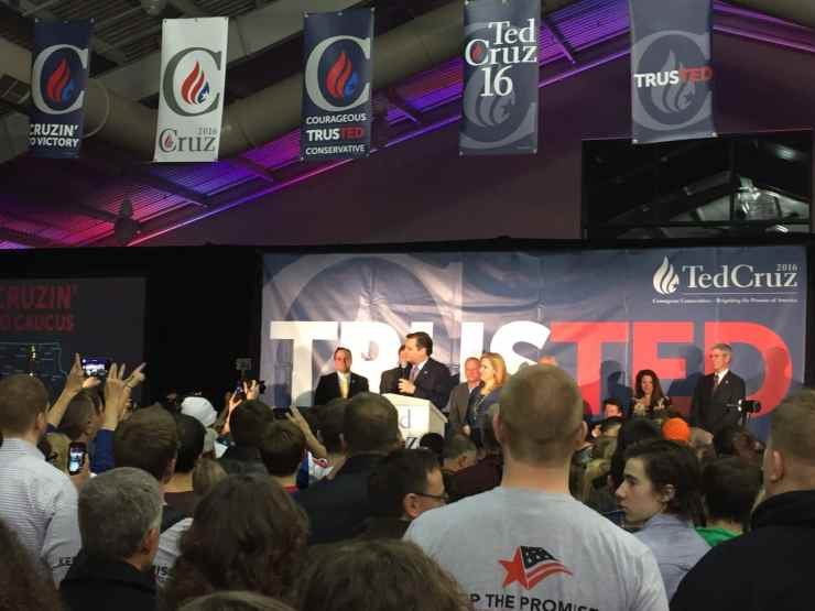 Ted Cruz gives his victory speech after Iowa Caucuses.