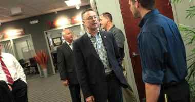 Congressman Rod Blum (R-IA) at a business roundtable in Hiawatha, IA. Photo credit: Gage Skidmore (CC-By-SA 2.0)