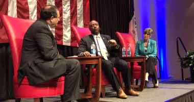 Iowa GOP Chair Jeff Kaufmann moderates a Q&A session with U.S. Senators Tim Scott (R-SC) and Joni Ernst (R-IA).