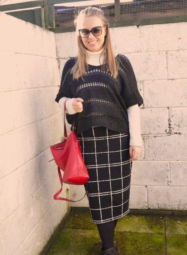 outfit, black, white, red, purse, bag, sweater