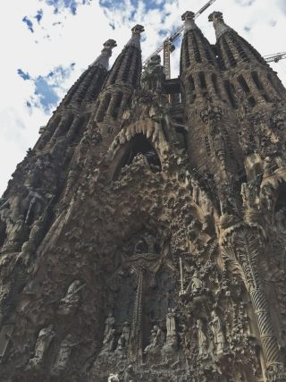 la sagrada familia - cathedral barcelona