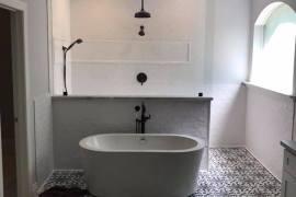 Magnolia Master Bathroom