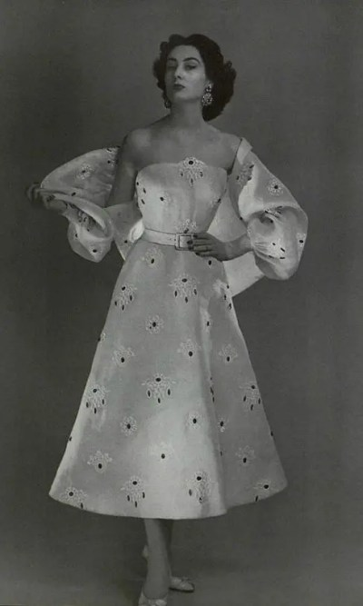 1953_Givenchy21