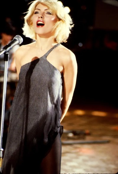 UNITED STATES - JANUARY 01: Photo of Debbie HARRY and BLONDIE; Debbie Harry - 'Heart Of Glass' video shoot (Photo by Roberta Bayley/Redferns)
