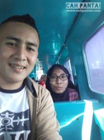 Di dalam speedboat menuju Tomia