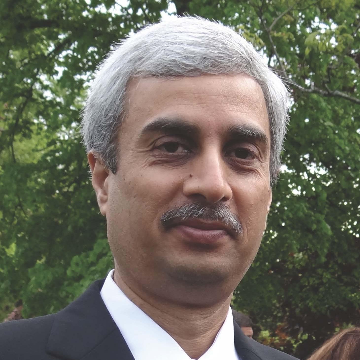 Dr._Ata_Quraishi