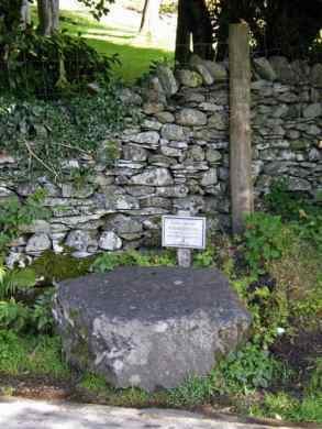 A coffin or Restin Stane