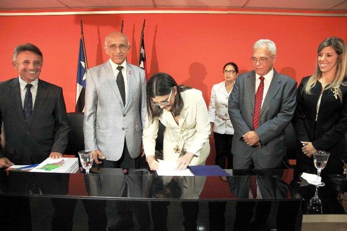 Foto 4 Governadora na FIEMA foto Geraldo Furtado