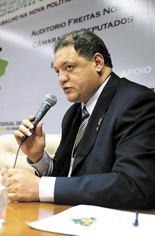 Crédito: Brizza Cavalcante/Agência Câmara. Deputado Assis Melo.