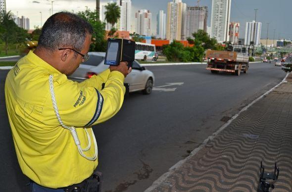 Valor da multa de trânsito aumenta. (Foto: OlharDireto/Reprodução)