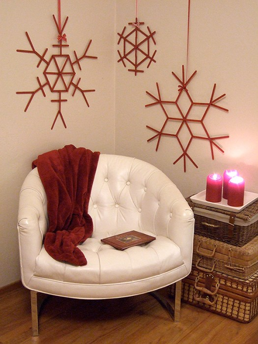 http://www.craftynest.com/2009/12/giant-craft-stick-snowflakes/