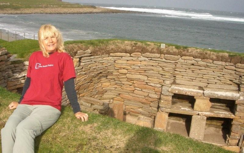 Here's Chrissy at Skara Brae modelling some tasteful Caistor leisure wear