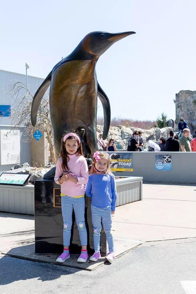 Little girls at Mystic Aquarium