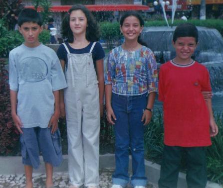 com os primos no centro de mauá, em 1999