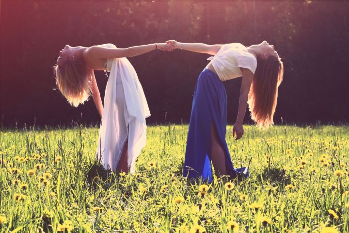 16 Signs Your Girlfriends Are Your Guardian Angels