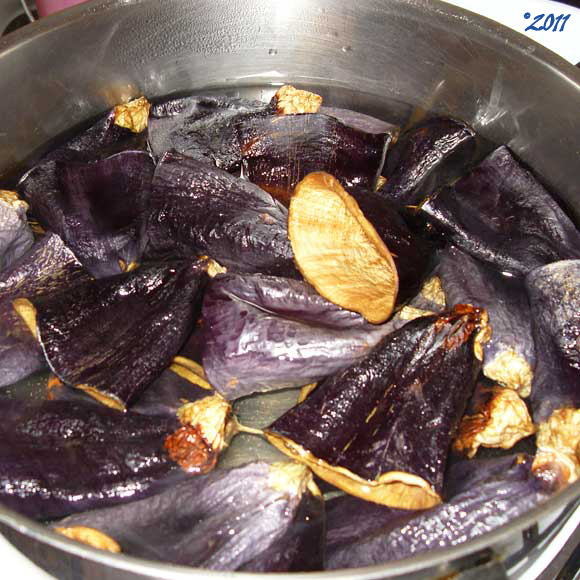 Boiling the Dried Eggplants