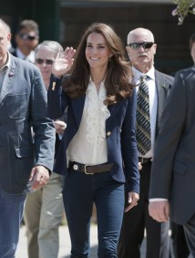 Kate Middleton - Casual Chic