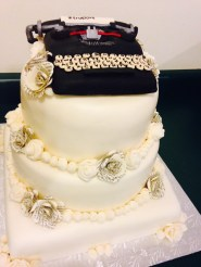 Typewryter wedding cake.