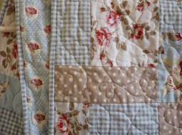 Shabby chic style quilt