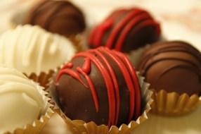 Cake Truffle with dark chocolate