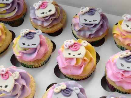 Num Noms Cupcakes