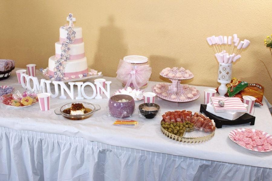 Personalizamos una mesa dulce y salada para una comunión - Cake Designs