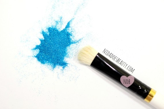 apply loose glitter, how to, beauty blog