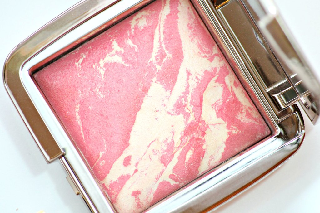 Hourglass Diffused Heat Blush swatches and review