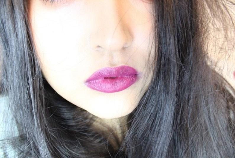 MAC Rebel lipstick nc40