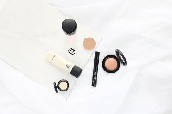 6 MAC must have products featuring Strobe Cream, Nylon eyeshadow, Prep + Prime highlighter, Warm Soul, Sculpt pro, Fix +
