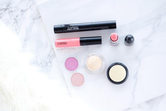 An impulsive MAC makeup haul. Pink Lemonade gloss, Flamingo lipstick, Prep + Prime Highlighter in Dark Deep, Jest eyeshadow, Swish eyeshadow, Best Make Up Soft Serve eyeshadow swatches
