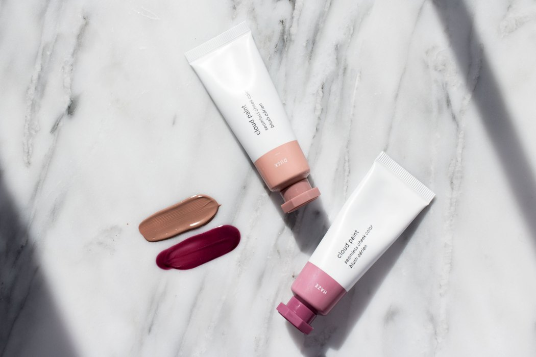 Glossier Cloud Paint review and swatches