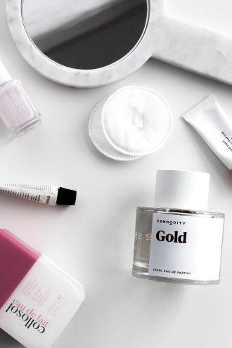 Beauty favorites February 2018 | Commodity Gold perfume, Grown Alchemist Day Cream, Collosol Eau de Lait, Glossier Puff, Glossier Cloud paint puff