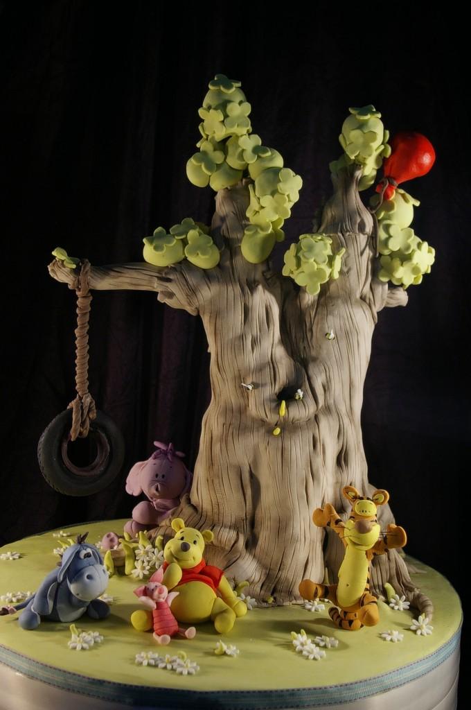 Luca S Winnie The Pooh Tree Cake By Dot Klerck