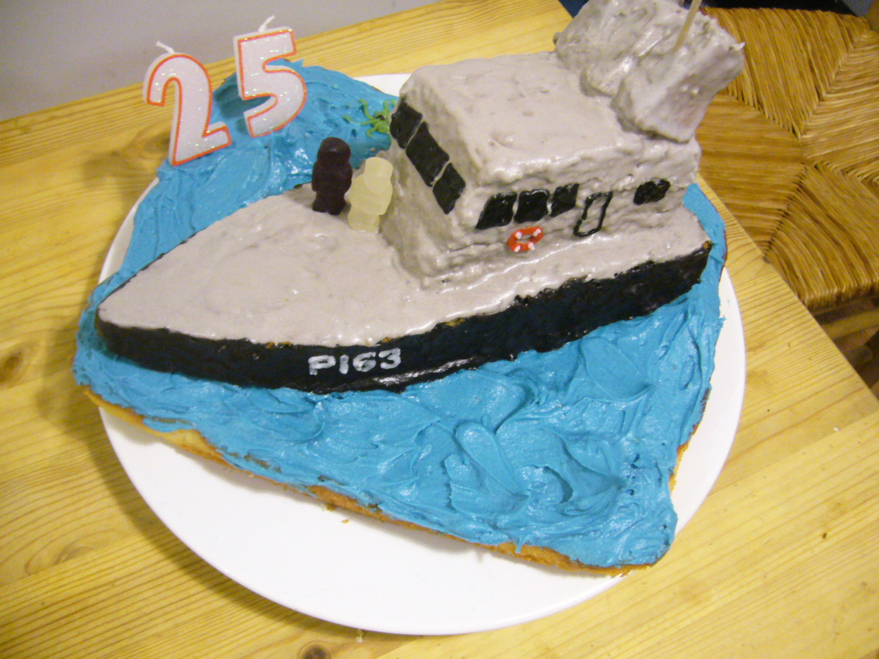 Boat Shaped Cakes Cake Ideas And Designs