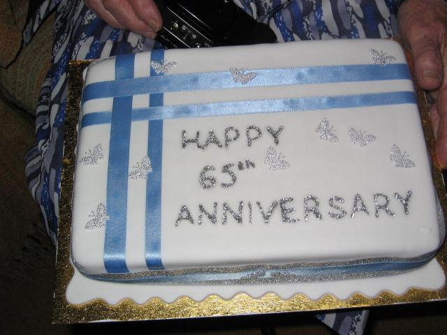 Picture Of 65th Wedding Anniversary Cake.jpg Hi-Res 720p HD
