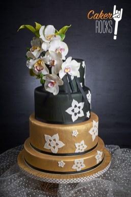 Con inspiración Oriental y flores de azúcar