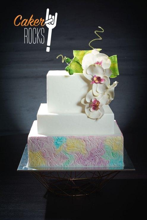 Con texturas y flores de azúcar