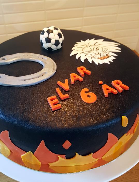 Black fire cake - svart eldtårta