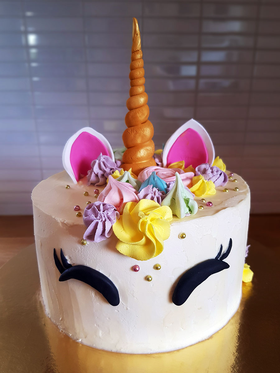 unicorn cake enhörningstårta cakes by camilla