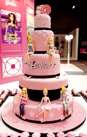Pleasing 100 Best Barbie Doll Theme Birthday Cakes And Cupcakes Cakes And Funny Birthday Cards Online Alyptdamsfinfo